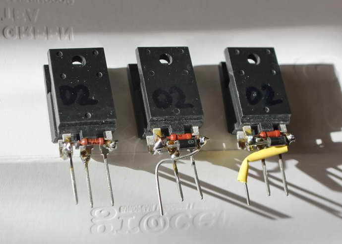десятка транзисторов.