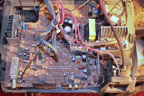 LG 29FX5BLX шасси CW62A